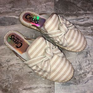 •new• Circus by Sam Edelman Espadrille Style Mules